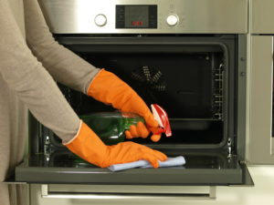 Oven cleaning and house cleaning from Sea Breeze Services in Victor Harbor